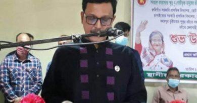 ধর্ম ব্যবসায়ীদেরকে কঠোরভাবে দমন করতে হবে  বাংলাদেশের নৌ প্রতিমন্ত্রী খালিদ মাহমুদ চৌধুরী